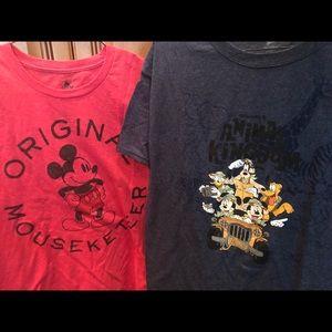 Set of 2 men's Disney Mickey Mouse t shirts large
